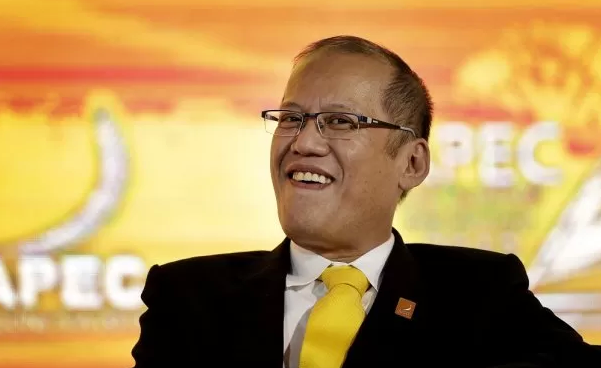 Aquino cheered at Apec for 1-term limit stand